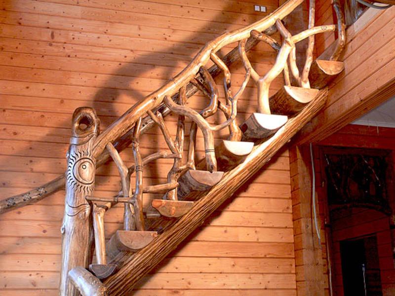 Фото лестниц из бревна