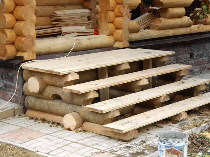 Крыльцо рубленное для деревянного дома фото