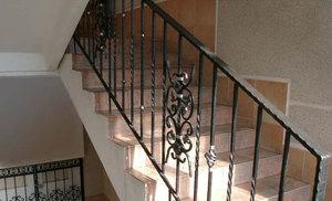 Железные перила для лестниц