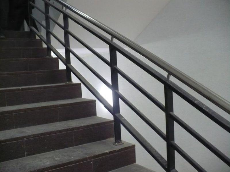 Лестничные ограждения из металла