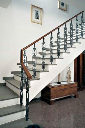 Балясины для лестницы из дерева: фото, изготовление своими