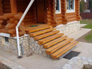Особенности построения деревянного крыльца