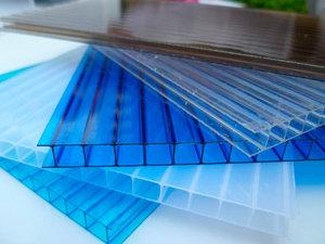 Описание сотового поликарбоната как строительного материала