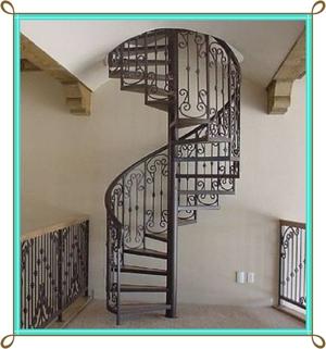Винтовая лестница своими руками - из металла