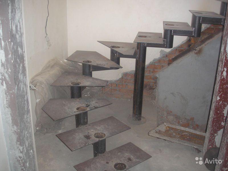 Винтовая лестница своими руками - из металла 93