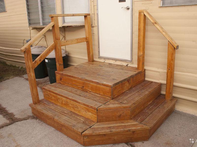 Деревянные ступеньки для крыльца из дерева
