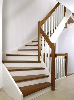 Лестницы для загородных домов своими руками
